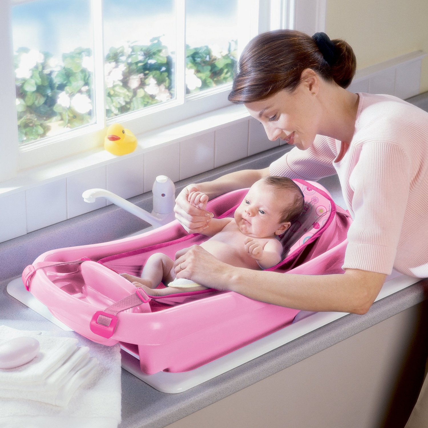 Why Is A Baby Bath Tub A Necessity Now?